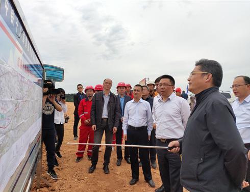 市委书记赵世勇调研德中、德罗项目建设情况